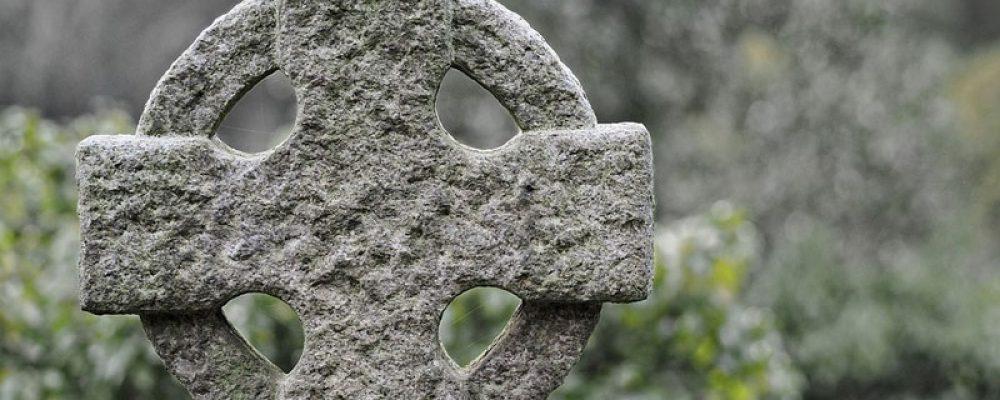 Hoe worden grafstenen gemaakt?